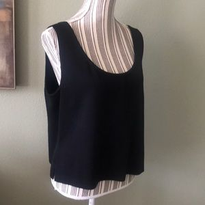 St. John Tops - Worn twice, St John, Knit sleeveless top, STUNNING